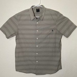 Oakley Mens Large Gray Striped SS Button Up Shirt